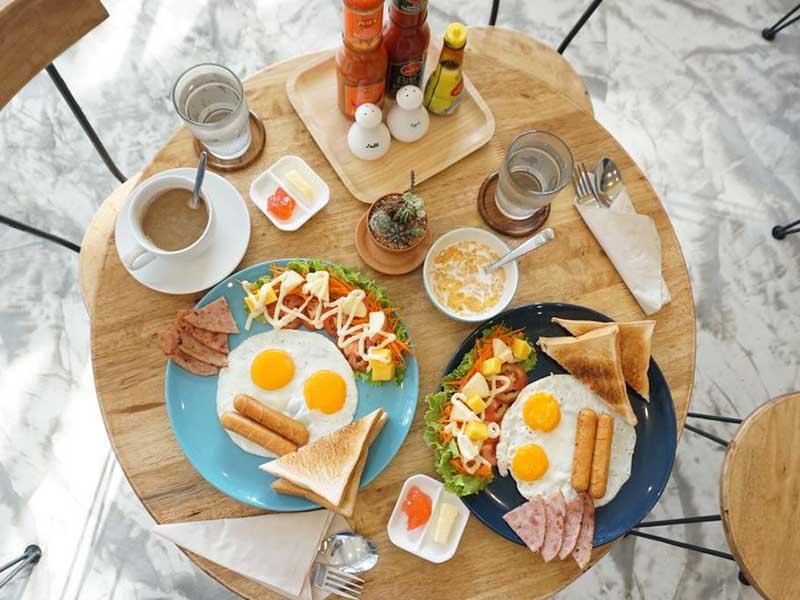 Bedgasm Poshtel x Cafe